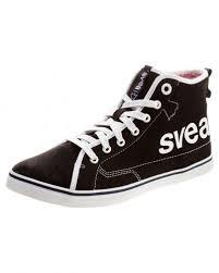 svea skor svea till dam svea bl a bikerboots höga sneakers stövletter