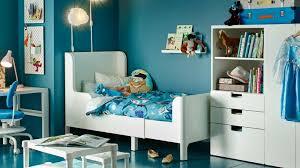 couleur pour chambre garcon quelles couleurs pour les murs d une chambre de garçon