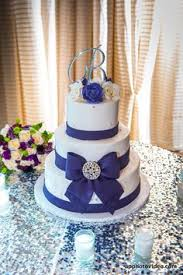 stunning wedding cake by two fat cookies located in delray beach