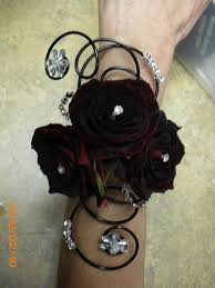 Wrist Corsage Prices Best 25 Rose Corsage Ideas On Pinterest White Corsage Corsages