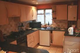 Kitchen Cabinets Peterborough 2 Bedroom Semi Detached House Bourges Boulevard Peterborough
