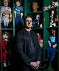 zak bagans u0027 haunted museum presents creepy collection in october