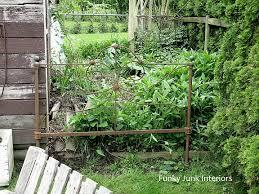 131 best yard art metal u0026 wire images on pinterest gardening