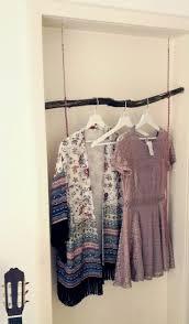 schuhschrank obstkisten kleiderschrank aus obstkisten die 25 besten ideen zu etagere case