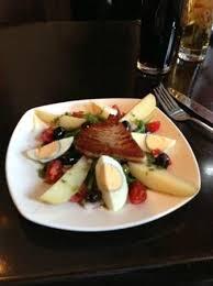 restaurant cuisine nicoise fabulous tuna nicoise at borelli s picture of borellis wine