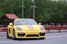 porsche sports car dsc sport u0027s clever algorithms transform the porsche cayman gt4