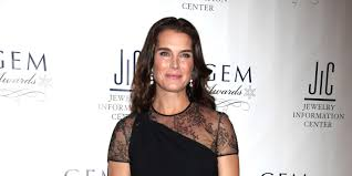 brooke shields to guest star in u0027the michael j fox show u0027
