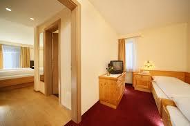 Omas Schlafzimmer Bilder Hotel Oberwirt Preise Familienzimmer