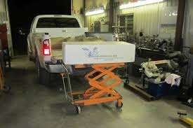 scissor lift table harbor freight review harbor freight hydraulic cart pirate4x4 com 4x4 and off
