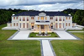 one story mansions 27 000 square foot australian mega mansion to be auctioned off