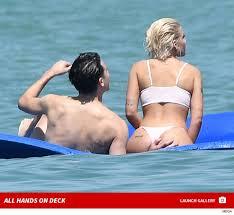 White Girl Tanning Meme - g eazy gets handsy on halsey s butt in miami tmz com