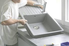 installer cuisine pose d une cuisine ikéa tuyauterie derrière les caissons for
