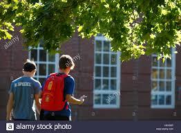 Sch Ler K Hen Boys Going To Stockfotos U0026 Boys Going To Bilder Alamy