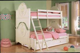BedroomDiscounters Bunk Beds Wood - White bunk bed with mattress