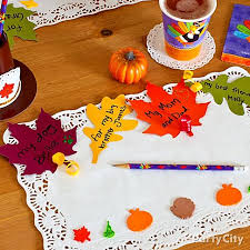 crafty thanksgiving idea can leaf a thankful note on their