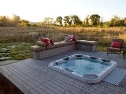 jacuzzi bois exterieur pour terrasse quand la terrasse en bois rencontre le bien être guide