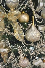 115 best christmas silver u0026 gold images on pinterest christmas
