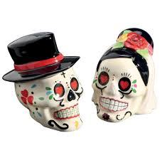 amazon com day of the dead bride and groom skulls ceramic salt amazon com day of the dead bride and groom skulls ceramic salt and pepper shakers kitchen dining