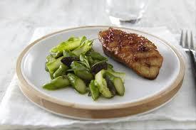 comment cuisiner le magret de canard a la poele recette de magret de canard au miel poivré et grillé à la plancha