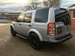silver land rover discovery used land rover discovery 3 0 tdv6 hse auto 7 seater for sale in