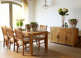 How To Create The Perfect Family Dining Space Your House - Black dining table for 10