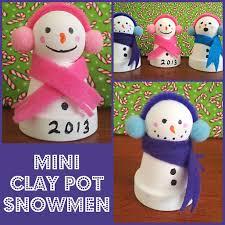 Decorating Clay Pots Kids Easy Diy Mini Clay Pot Snowmen Craft Kids Can Make Snowman