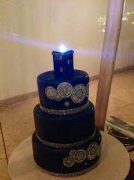 dr who wedding cake topper doctor who wedding cake with tardis topper maybe for our 25th