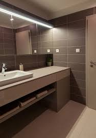 Bathroom Interior Design Colors Best 25 Large Bathroom Interior Ideas On Pinterest Large Style