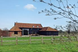Suffolk Barns To Rent Pet Friendly Countryside Holiday Cottage In Suffolk Horseshoe