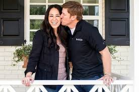 Joanna Gaines Facebook Chip And Joanna Gaines U0027 Church Is Firmly Against Same Marriage