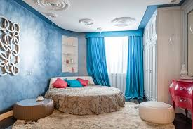 chambre avec lit rond lit rond au cœur d une chambre au design original design feria