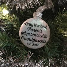 ornament pregnancy announcement to grandparents