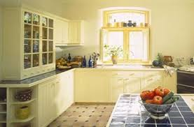 light yellow kitchen cabinets lakecountrykeys com