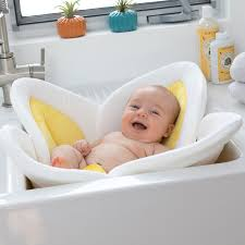 the 9 best infant bath tubs that make the task easier on everyone
