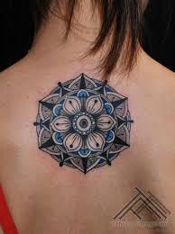 27 magnificent geometric tattoos on back