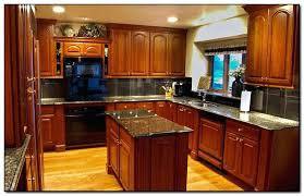 best paint color with cherry cabinets best wall color with light cherry cabinets www