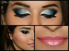 the true blue hues in this smokey eye really pops out the blues in the barbara