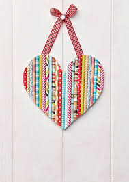Ideas For Homemade Valentine Decorations by Best 25 Heart Crafts Ideas On Pinterest Heart Kids 11 In Words