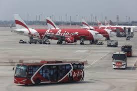 airasia ngurah rai airport airasia cancels flights to bali and lombok over volcanic ash
