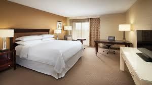 Floor Level Bed Sheraton Club Level Suites Sheraton San Jose Hotel
