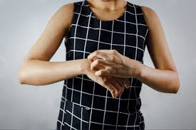 clothing allergy 5 reasons 7 symptoms and 6 ways to control