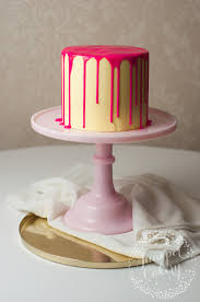 how to make a trendy drip cake