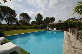 holiday house with pool in provence côte d u0027azur in cabriès france