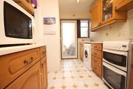 2 Bedroom House Basildon House For Rent Tinklerside Basildon Ss14 Mapio Net