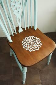Second Hand Farmhouse Kitchen Tables - best 25 painted chairs ideas on pinterest hand painted chairs