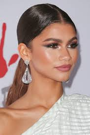 barrel curl ponytaol pin by ola dziubecka on zendaya pinterest zendaya