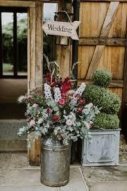 Topiaries Wedding - launton tythe barn wedding venue in oxfordshire wedding
