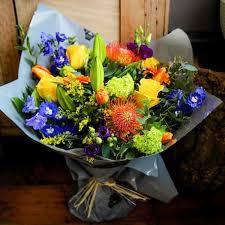 flower deliver best flower arrangements for autumn flower delivery bloom magic
