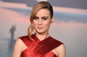 brie larson casey affleck brie larson comments on not applauding casey affleck at the oscars