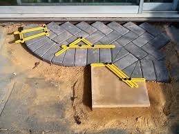attrezzi per piastrellisti attrezzo per calcolare il giusto angolo di taglio per mattoni e